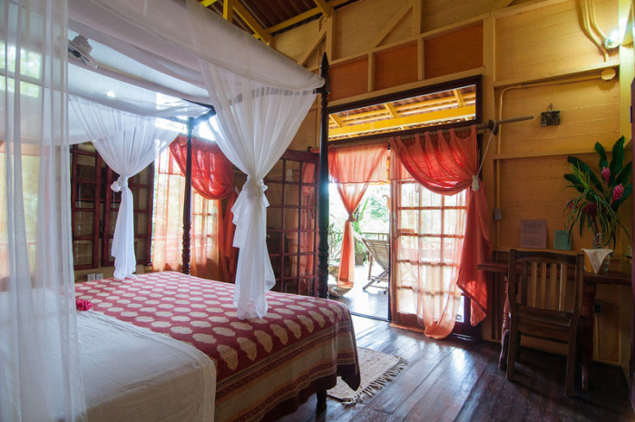 balcony-level-bedroom